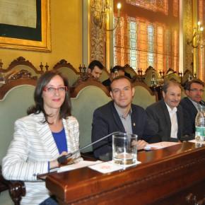 Ciutadans (C's) Lleida convierte la Paeria en una institución bilingüe