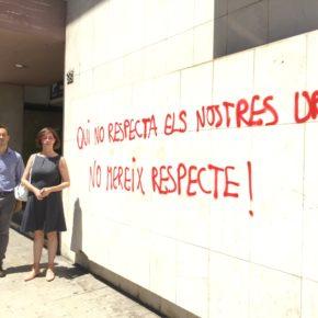 Ciudadanos lamenta el ataque de pintadas en su sede en Lleida y condena cualquier tipo de violencia y coacción
