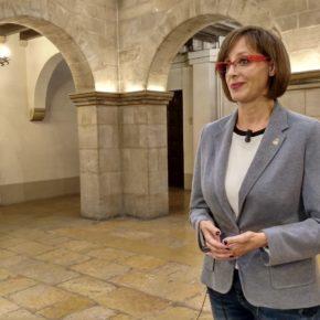 """Ángeles Ribes: """"Más abrir el Parlament y menos teatro"""""""